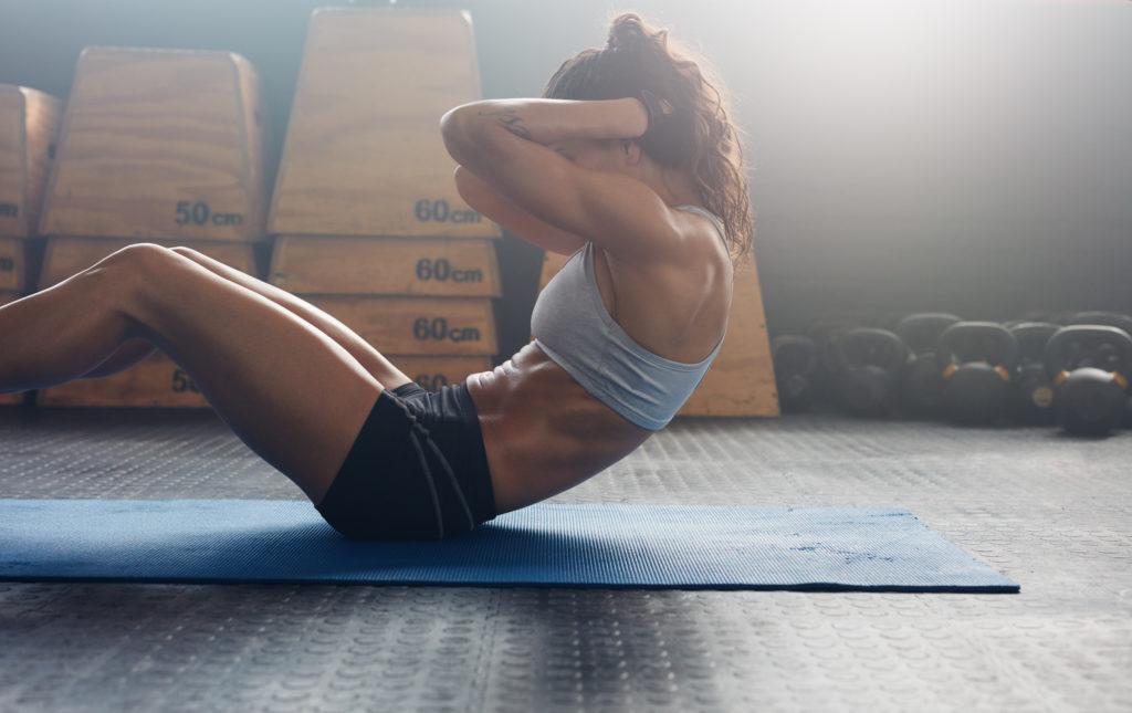 筋トレ やり方  自宅で 女性 効果 お腹(背中) トレーニング