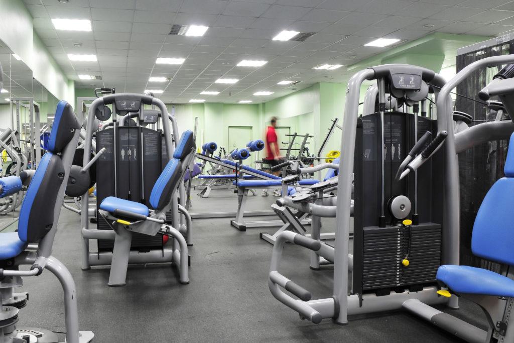 初心者がジムで筋肉トレーニングする時の効果のあるマシンメニューの組み方